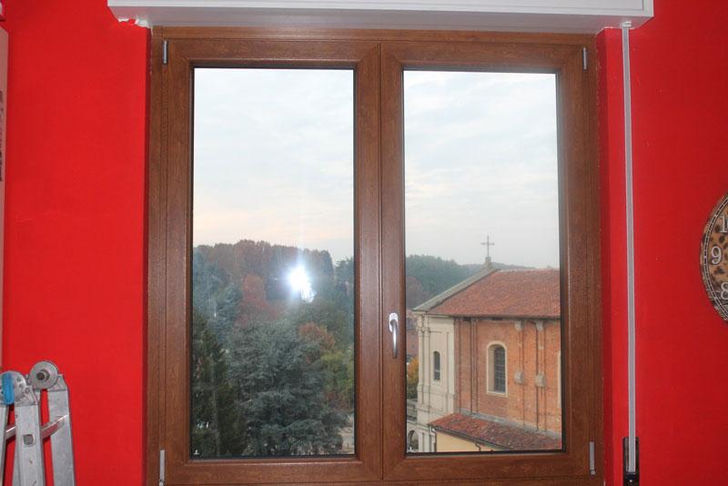 Finestre nuove cosa rischi a installare sul vecchio telaio - Montaggio finestre pvc ...